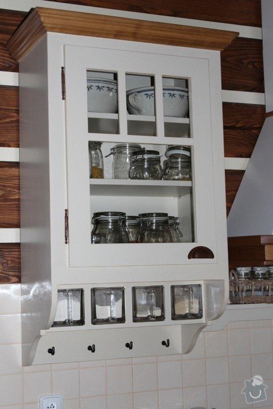 Vybavení roubenky nábytkem, kuchyňská linka a návrh a realizace obkladů roubenky: IMG_3280