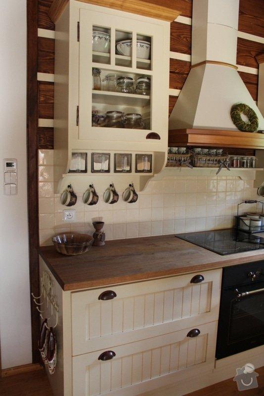 Vybavení roubenky nábytkem, kuchyňská linka a návrh a realizace obkladů roubenky: IMG_4510