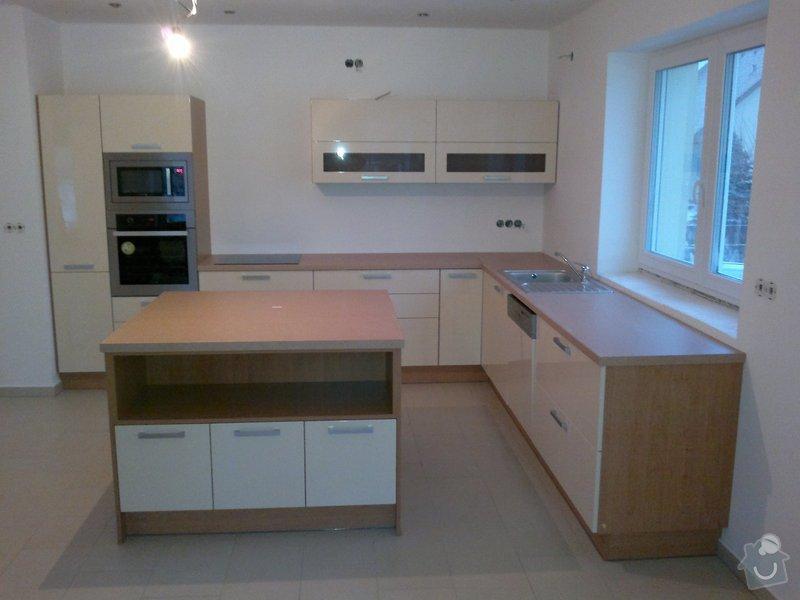 Realizace kuchyňské linky: foto_kuchyne_1