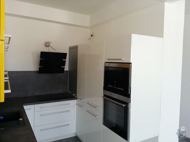 Výroba kuchyně na míru: 20121110_111617