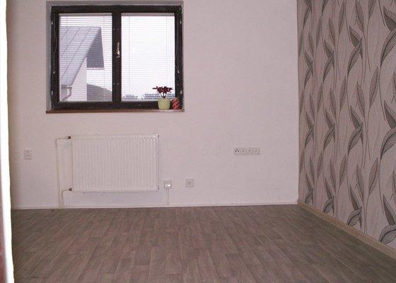 Rekonstrukce kancelářských prostor na byt 2 + kk