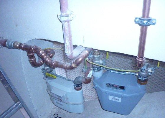 Plynové topení do bytu.