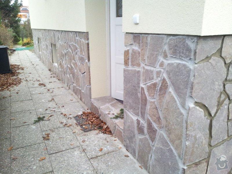 Obklad soklu rodiného domu přírodním kamenem: DSC_0109