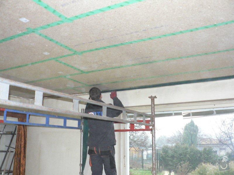 Foukaná izolace ploché střechy a vytvoření podhledu.: P1090053