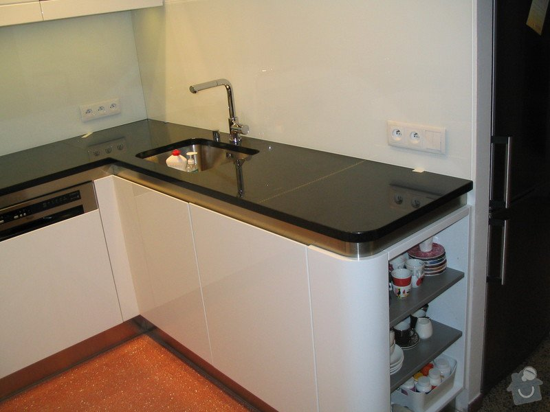 Kuchyně: IMG_0045