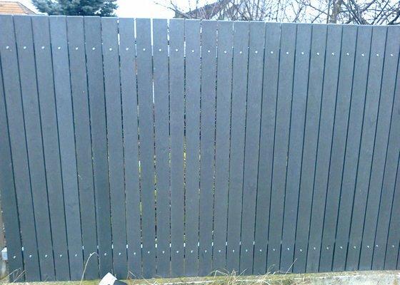 Montáž plastového plotu