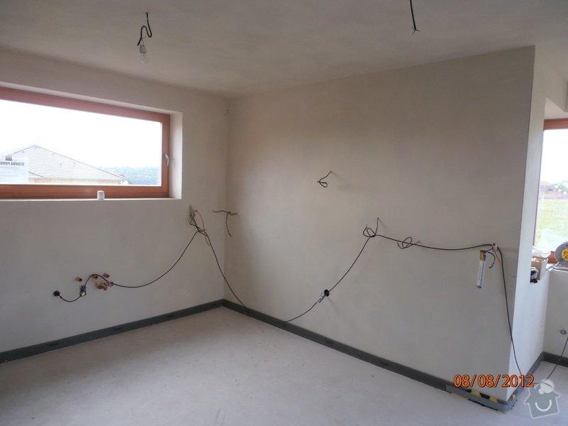 Kuchyně: P8080022