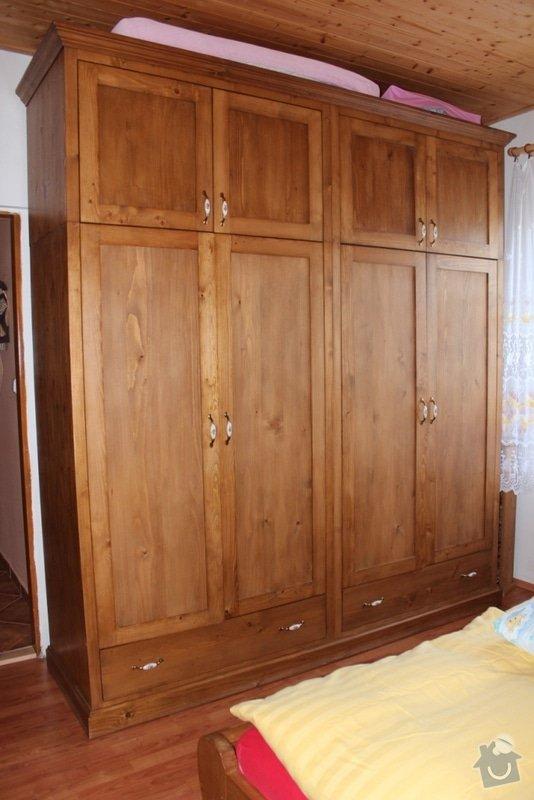 Masivní stylový nábytek: IMG_0845