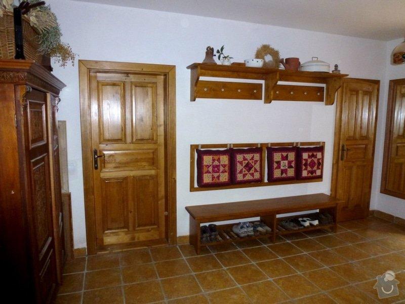 Masivní stylový nábytek: P1020621