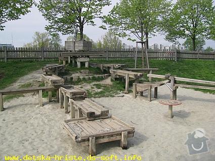Výrobu dřevěných vodních herních prvků (korýtka): vodni_prvek