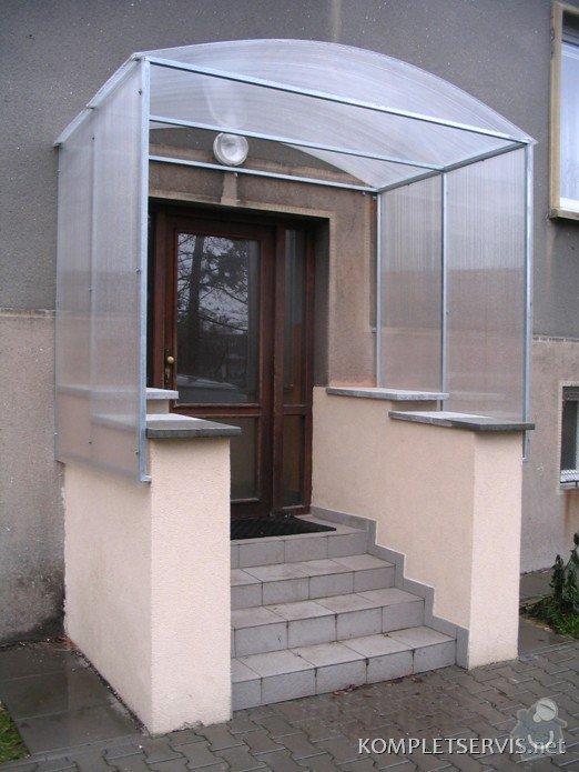 Zastřešení balkónu a vchodu: IMG_0400