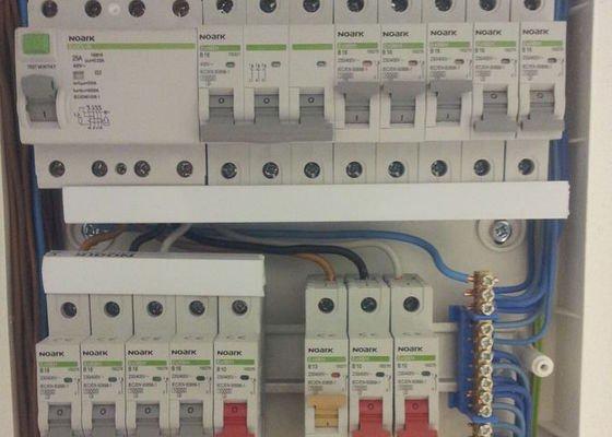 Nové rozvody elektriky v panelovém bytě 3+1