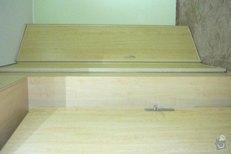 Rohová vestavěná skříň lamino: P1120753