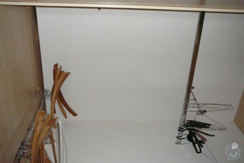 Rohová vestavěná skříň lamino: P1120785