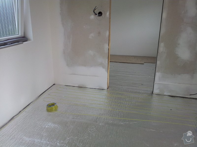Rekonstrukce stavebni bunky pro bydleni: 20120615_174912