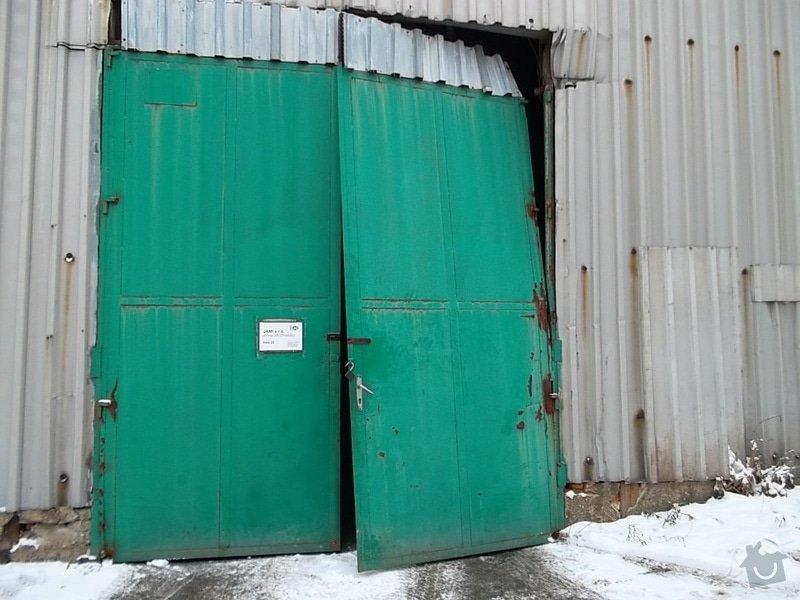 Plechová vrata na výrobní hale: SAM_1783