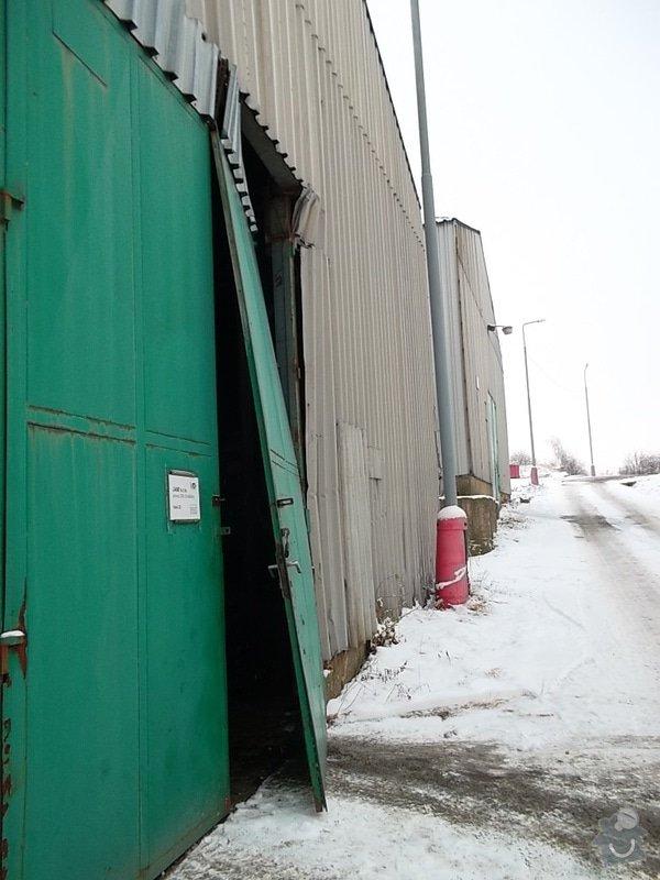 Plechová vrata na výrobní hale: SAM_1788