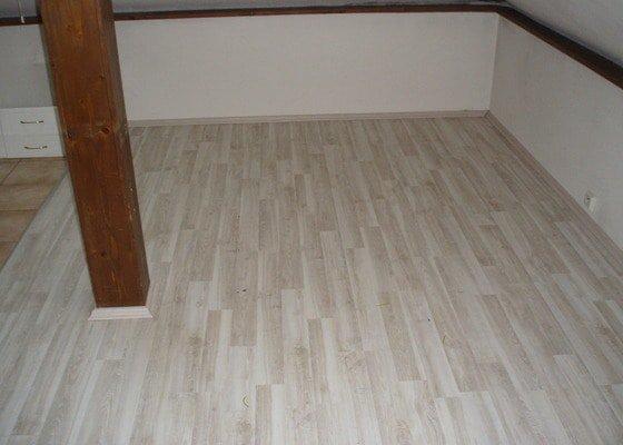 Broušení a lakování parket,pokládka plovoucí podlahy