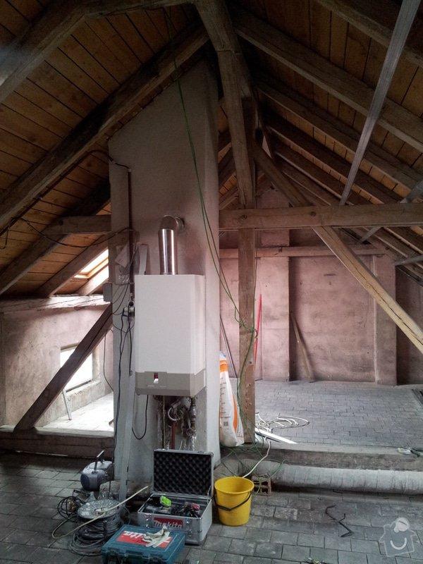 Montáže sádrokartonu, rekonstrukce podkroví, suché podlahy s podsypem Fermacell,výměna střešního okna, montáž poudra Eclisse pro posuvné dveře do SDK příčky.: Podkrovi_2