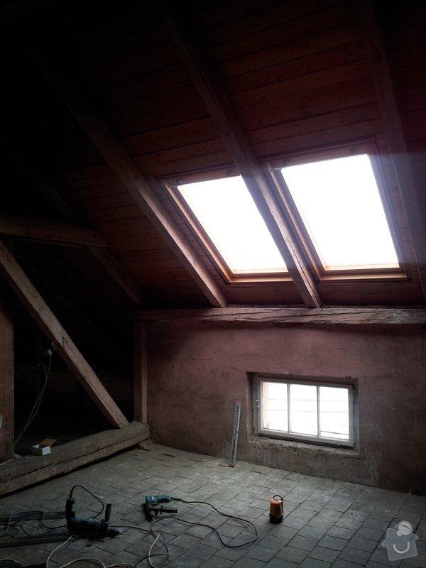 Montáže sádrokartonu, rekonstrukce podkroví, suché podlahy s podsypem Fermacell,výměna střešního okna, montáž poudra Eclisse pro posuvné dveře do SDK příčky.: Podkrovi_3