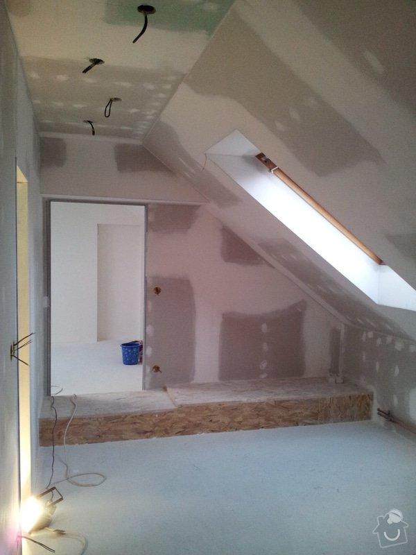 Montáže sádrokartonu, rekonstrukce podkroví, suché podlahy s podsypem Fermacell,výměna střešního okna, montáž poudra Eclisse pro posuvné dveře do SDK příčky.: Podkrovi_77