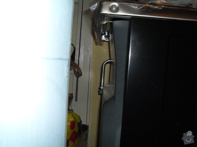 Odpojení starého sporáku a napojení nového (oba kombinované plyn/elektro): 023
