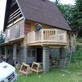 Stavba balkonu u chatky 3x3 5m jan rubek perstejn hruby okounov 07