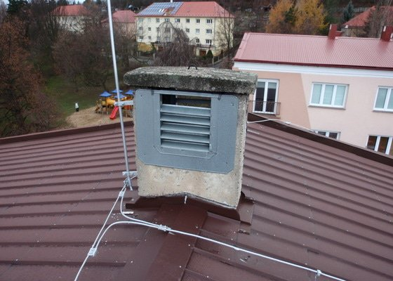 Oprava komínů na panelovém domě