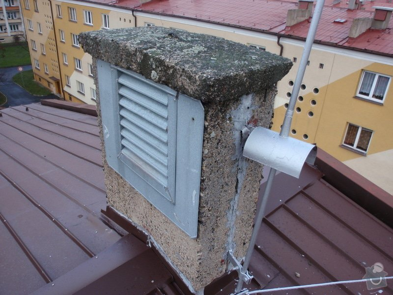 Oprava komínů na panelovém domě: jan_rubek_kleizol_kadan_budovatelu_2011_klempirstvi_pokryvacstvi_07