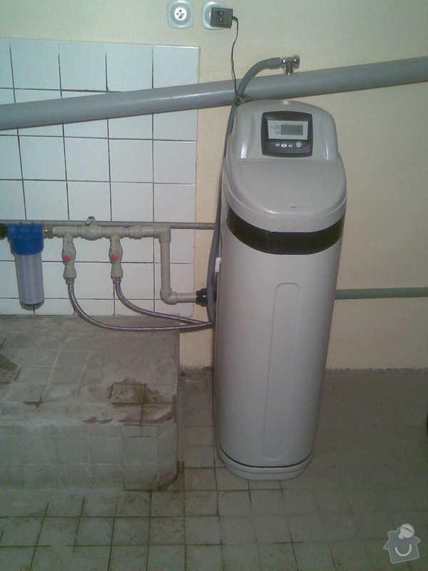 ZMĚKČOVACÍ AUTOMATICKÝ FILTR pro rodinný dům.: Změkčovač na vodu