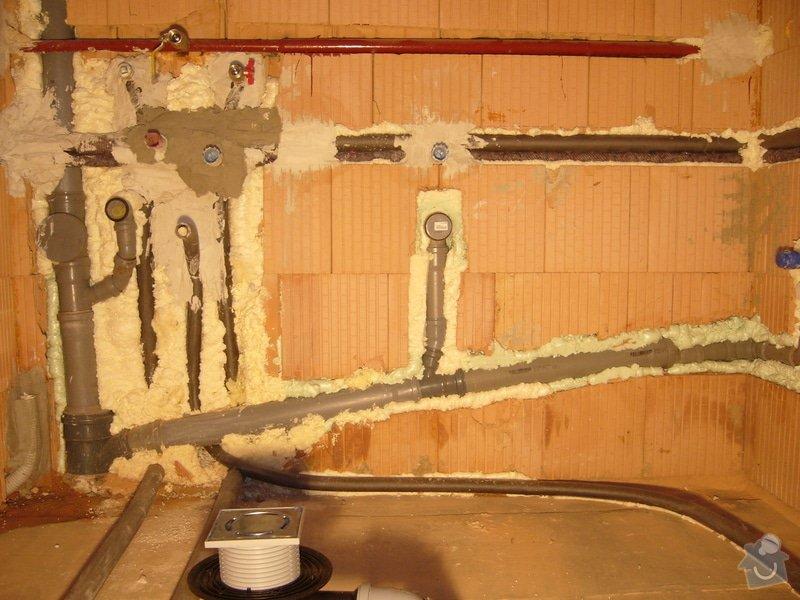 Rozvod vody, odpadů, topení, plynu, centrálního vysavače a příprava pro změkčovací filtr.: instalace_1