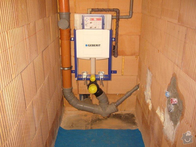 Rozvod vody, odpadů, topení, plynu, centrálního vysavače a příprava pro změkčovací filtr.: instalace_2