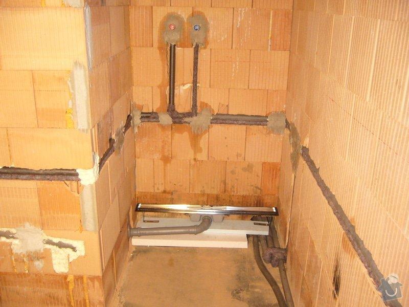 Rozvod vody, odpadů, topení, plynu, centrálního vysavače a příprava pro změkčovací filtr.: instalace_3