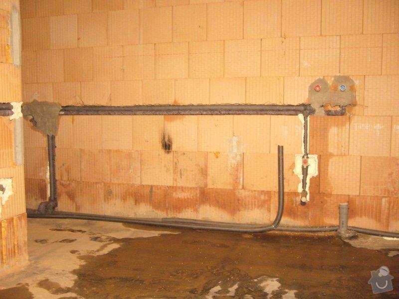 Rozvod vody, odpadů, topení, plynu, centrálního vysavače a příprava pro změkčovací filtr.: instalace_4