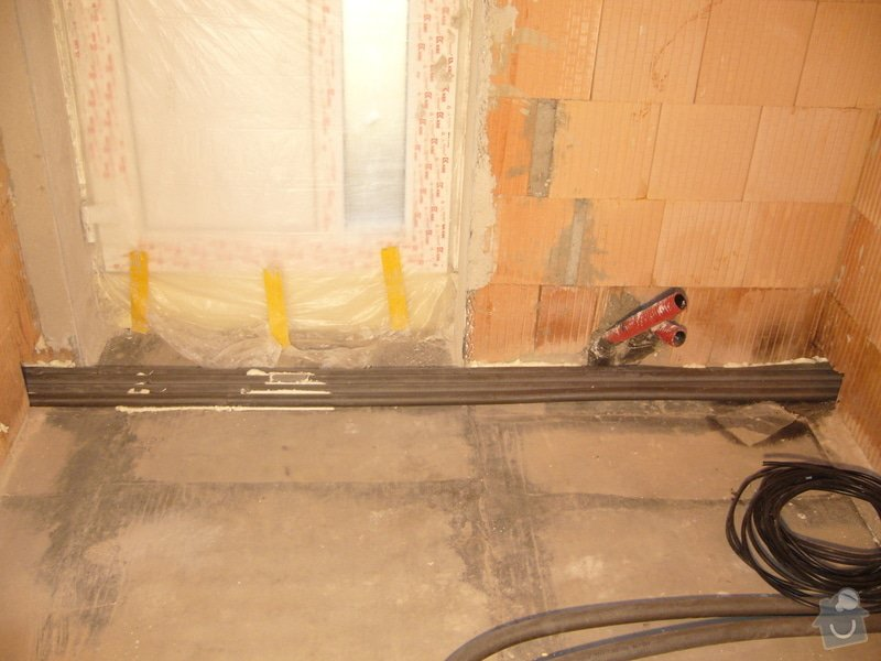 Rozvod vody, odpadů, topení, plynu, centrálního vysavače a příprava pro změkčovací filtr.: instalace_10