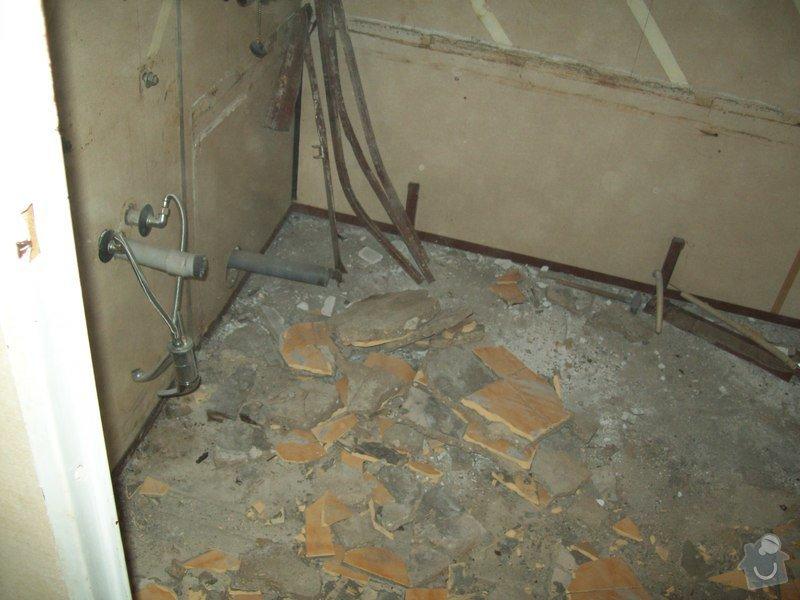 Rekonstrukce koupelny a WC v panelákovém bytě: 100_1129