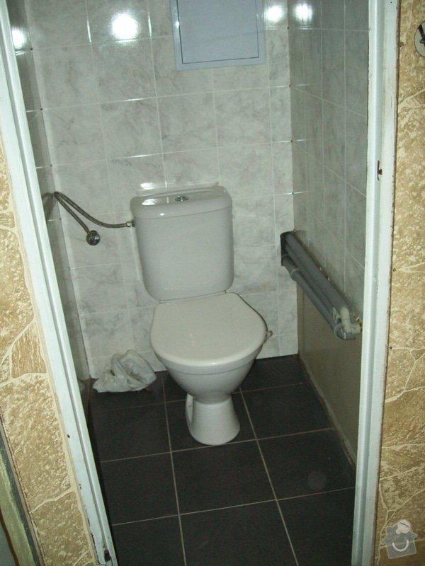 Rekonstrukce koupelny a WC v panelákovém bytě: 100_1164