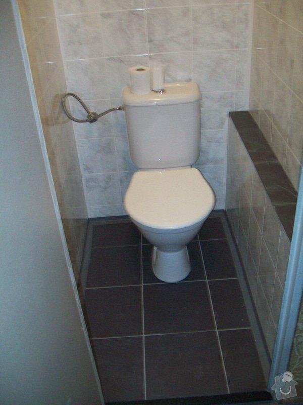 Rekonstrukce koupelny a WC v panelákovém bytě: 100_1196