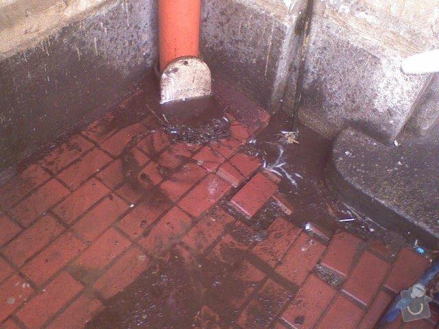 Čištění kanalizace, průzkum kamerou: DSC00346