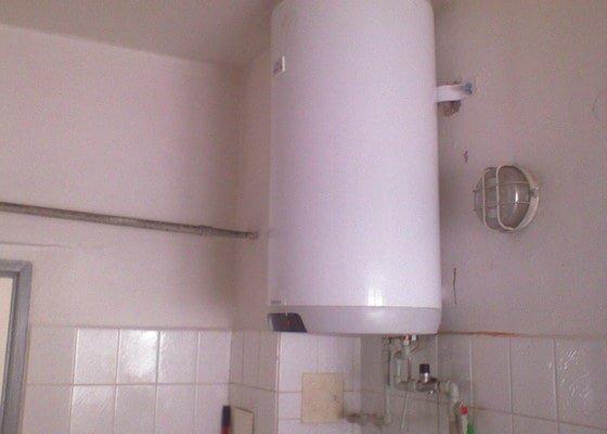 Výměna boileru a záchodové mísy