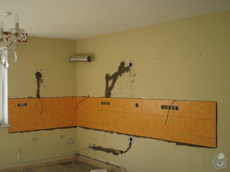 Obkládání koupelny ,WC , kuchyně..: P9060016