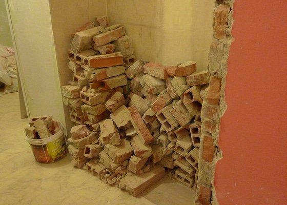 Odvoz materiálu z rekonstrukce bytu