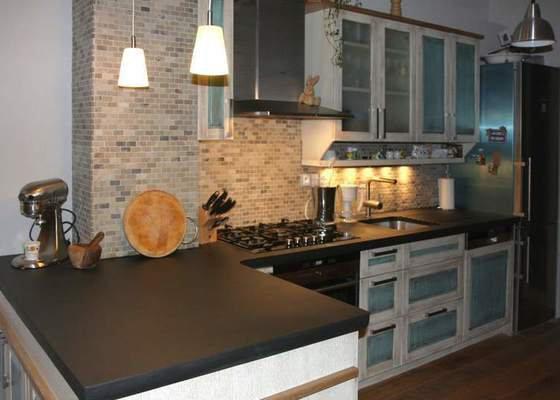 Návrh a realizace kuchyňské linky ve francouzském stylu