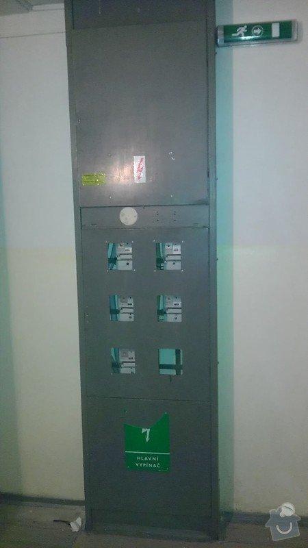Výměna světel ve schodišťovém prostoru: IMAG1189