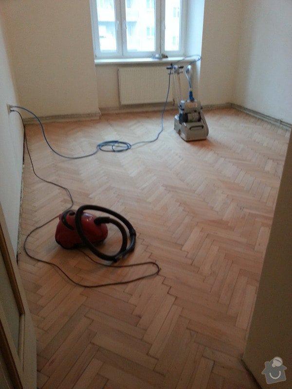 Rekonstrukce bytu,obklady,renovace parket,pokládka plovoucí podlahy aj.: Brouseni_parket