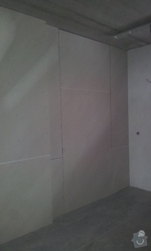 Strop a příčky v pasířské dílně: 20130115_150153