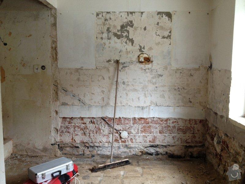 Rekonstrukci rod.domku: IMG_0197