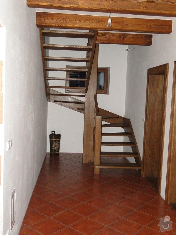 Dřevěné schodiště: DSC02987