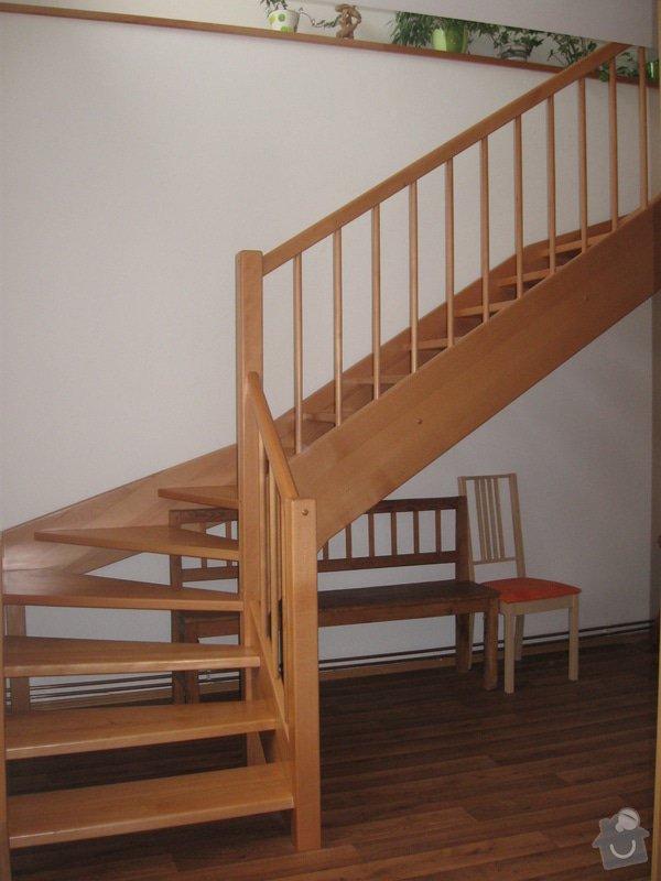 Dřevěné schodiště: IMG_4715