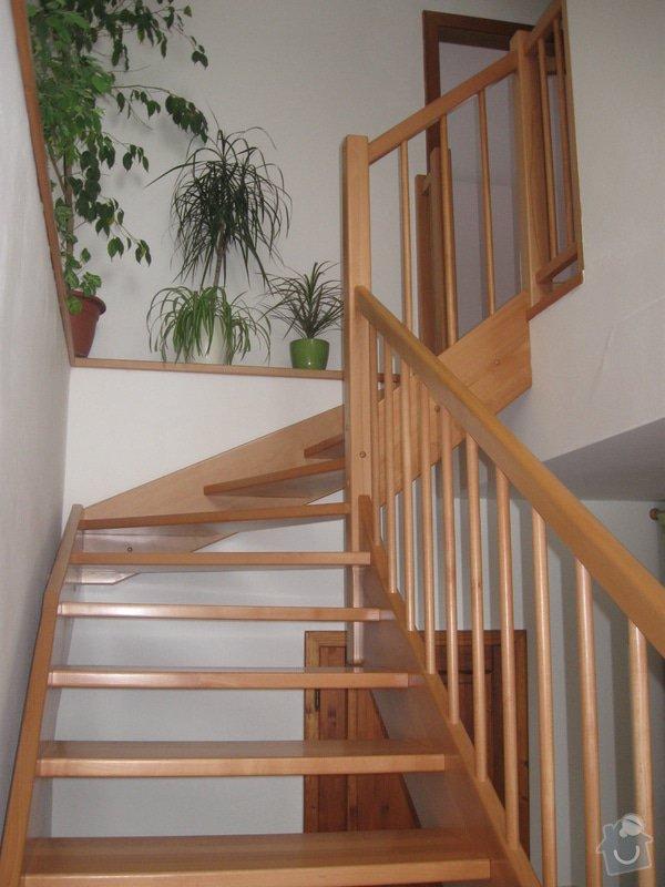 Dřevěné schodiště: IMG_4717